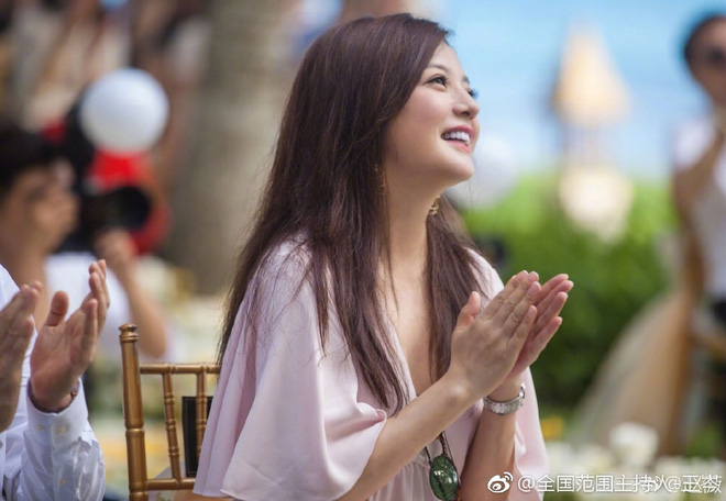 Đám cưới nhà người ta nhưng netizen chỉ chú ý đến đôi bạn thân Triệu Vy - Tô Hữu Bằng lâu lắm mới hội ngộ - Ảnh 6.