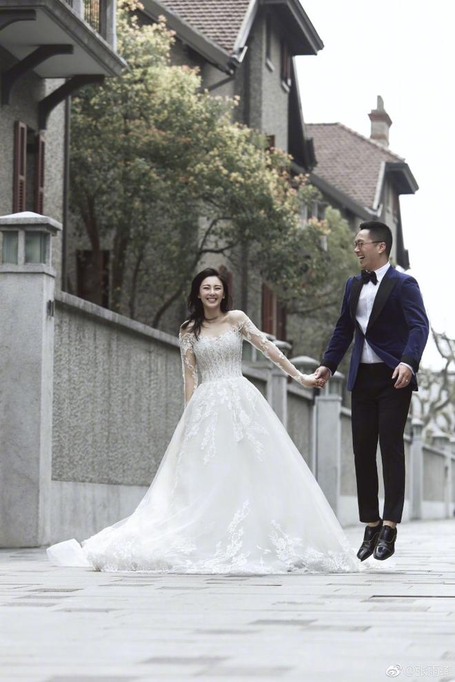 Người đẹp Mỹ Nhân Ngư khoe ảnh cưới với chồng thứ 2 và tuyên bố đang mang thai - Ảnh 4.