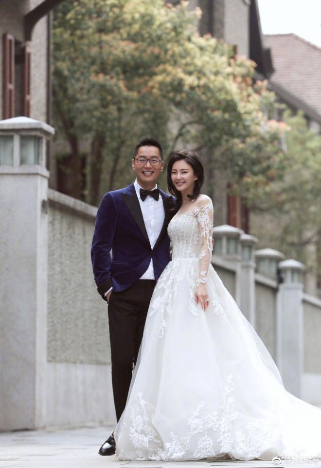 Người đẹp Mỹ Nhân Ngư khoe ảnh cưới với chồng thứ 2 và tuyên bố đang mang thai - Ảnh 5.