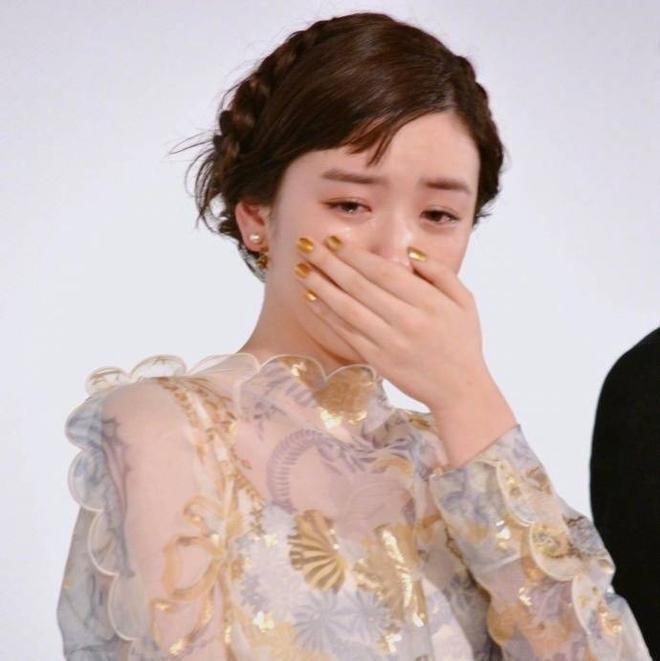 Chỉ vì khóc quá đẹp, nữ diễn viên 18 tuổi Nhật Bản nổi tiếng sau 1 đêm - Ảnh 3.