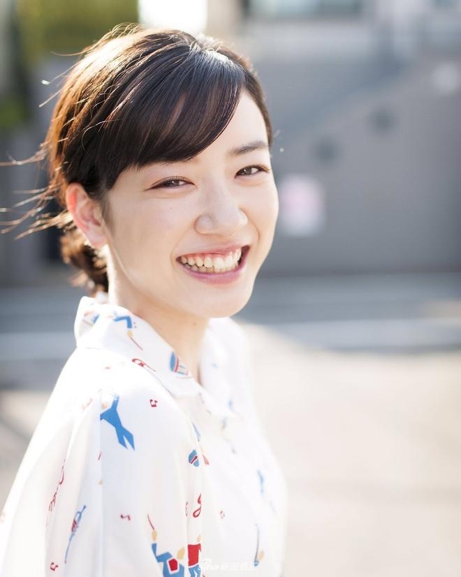 Chỉ vì khóc quá đẹp, nữ diễn viên 18 tuổi Nhật Bản nổi tiếng sau 1 đêm - Ảnh 7.