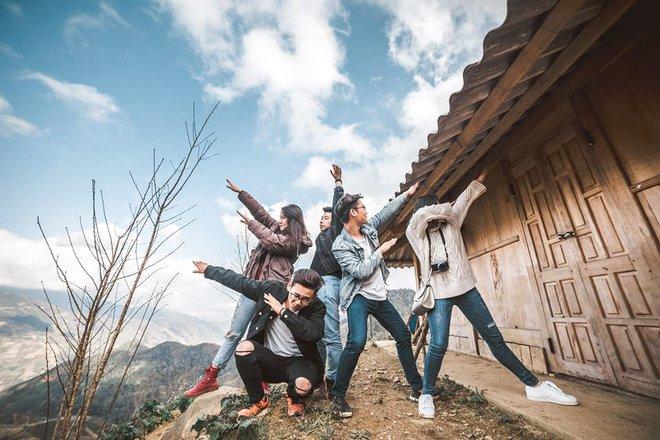 Đi du lịch với đám bạn thân, nhất định phải chơi 10 kiểu chụp ảnh này để có album sống ảo nghìn like! - Ảnh 24.