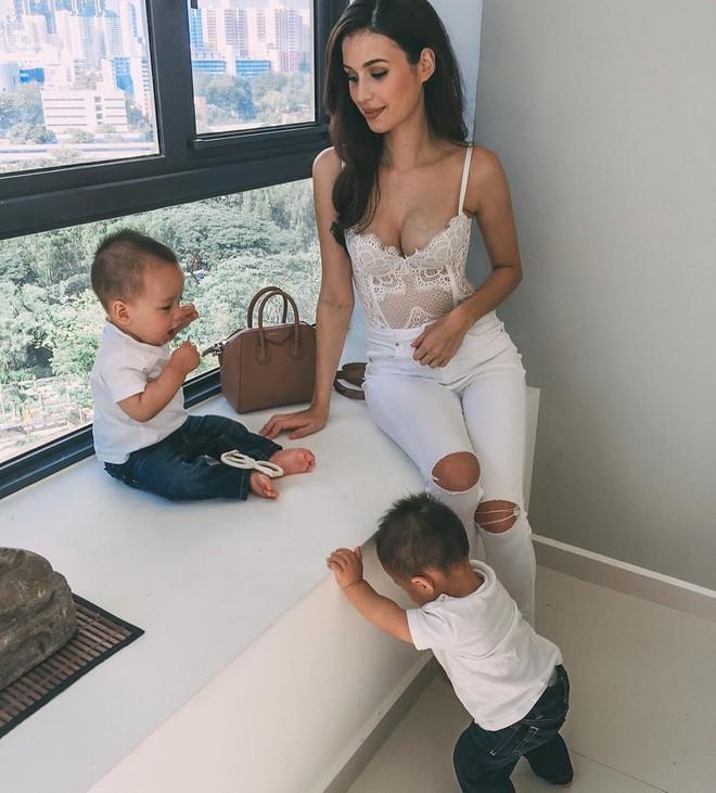 Bà mẹ bỉm sữa Singapore gây bão Facebook Việt vì vẻ đẹp quá gợi cảm, về dáng chỉ 3 tuần sau khi sinh đôi 15