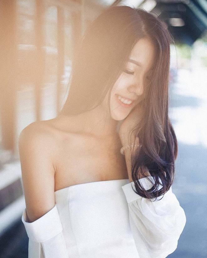Cô nàng Thái Lan với nét đẹp dịu dàng tựa nữ thần khiến người ta không thể thôi xao xuyến - Ảnh 2.
