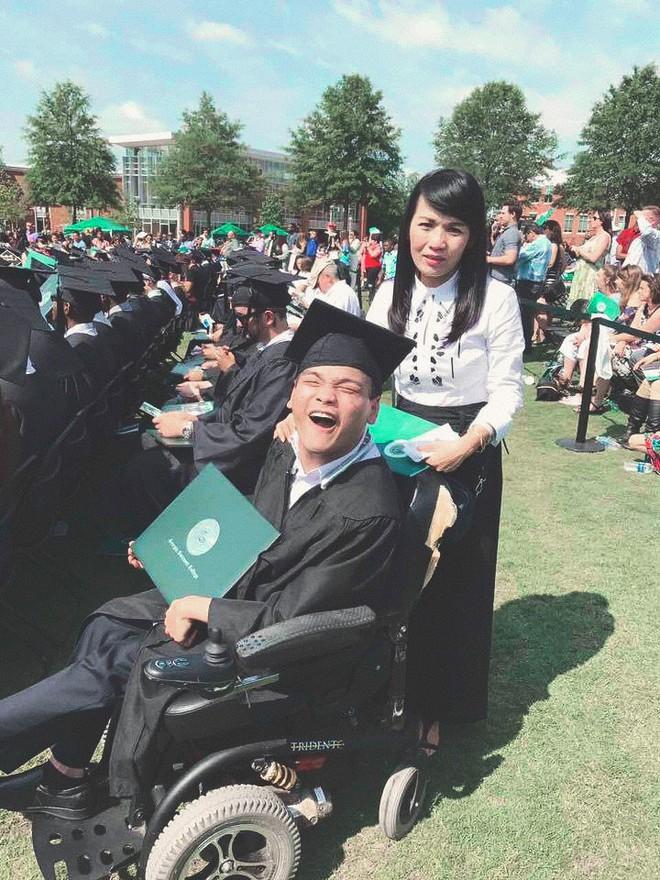 Du học sinh Việt bại não được vinh danh người hùng thầm lặng tại Mỹ nhờ lòng tốt và lối sống truyền cảm hứng - Ảnh 9.