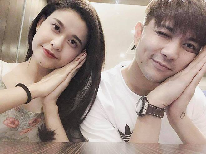 Giữa lùm xùm ly hôn, Trương Quỳnh Anh vẫn vui vẻ livestream đi chơi cùng chồng và con trai - Ảnh 4.