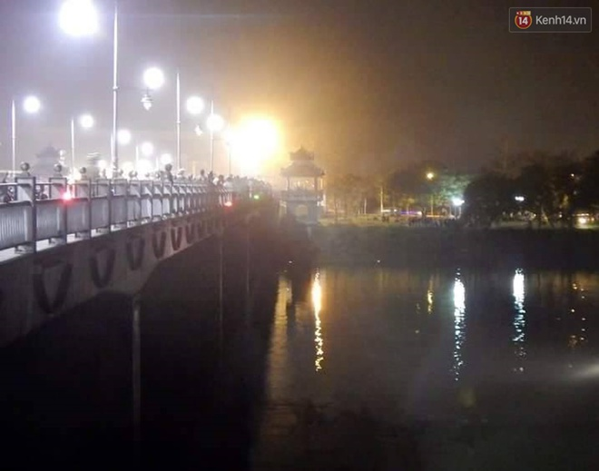 Nhảy xuống sông Hương tự tử, nam thanh niên vùng vẫy kêu cứu trước khi chìm - Ảnh 1.