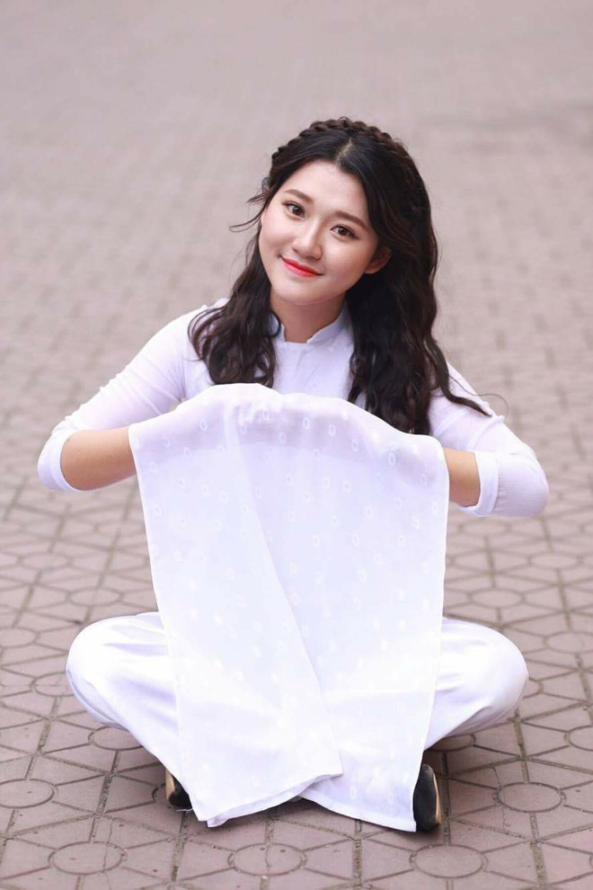 Nữ sinh Nghệ An xinh đẹp đạt 9.75 điểm môn Văn, được tuyển thẳng vào ĐH Sư phạm Hà Nội - Ảnh 5.
