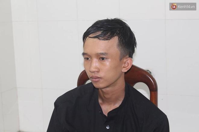Níu kéo tình cảm bất thành, nam thanh niên đâm bạn gái nguy kịch ở Sài Gòn - Ảnh 1.