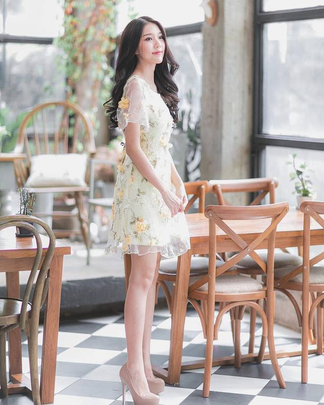 Cô nàng Thái Lan với nét đẹp dịu dàng tựa nữ thần khiến người ta không thể thôi xao xuyến - Ảnh 3.