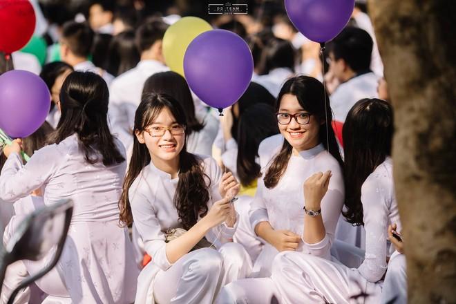 Nữ sinh Nghệ An xinh đẹp đạt 9.75 điểm môn Văn, được tuyển thẳng vào ĐH Sư phạm Hà Nội - Ảnh 9.