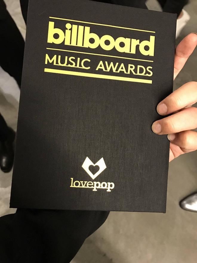 BTS cuối cùng đã trở thành nhóm nhạc Kpop đầu tiên thắng giải tại Billboard Music Awards! - Ảnh 3.