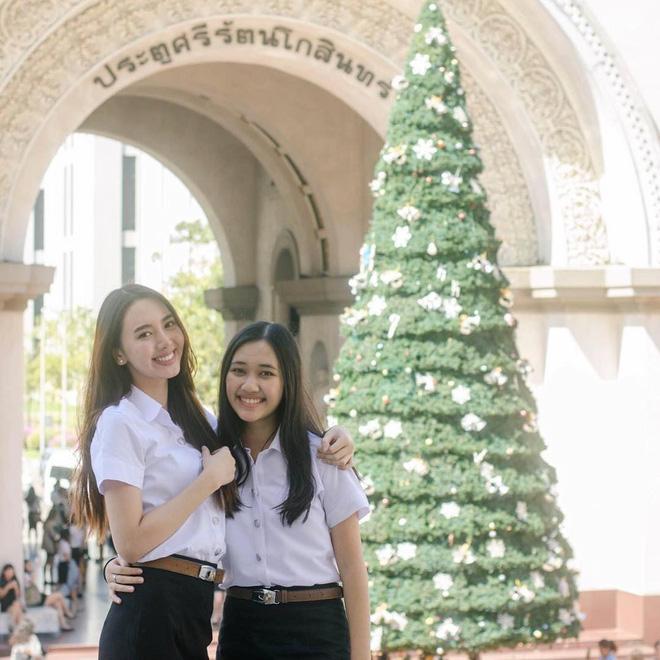Chẳng cần xinh xuất sắc, cô bạn Thái Lan với nụ cười tươi như hoa hậu vẫn khiến người ta yêu thầm - Ảnh 2.