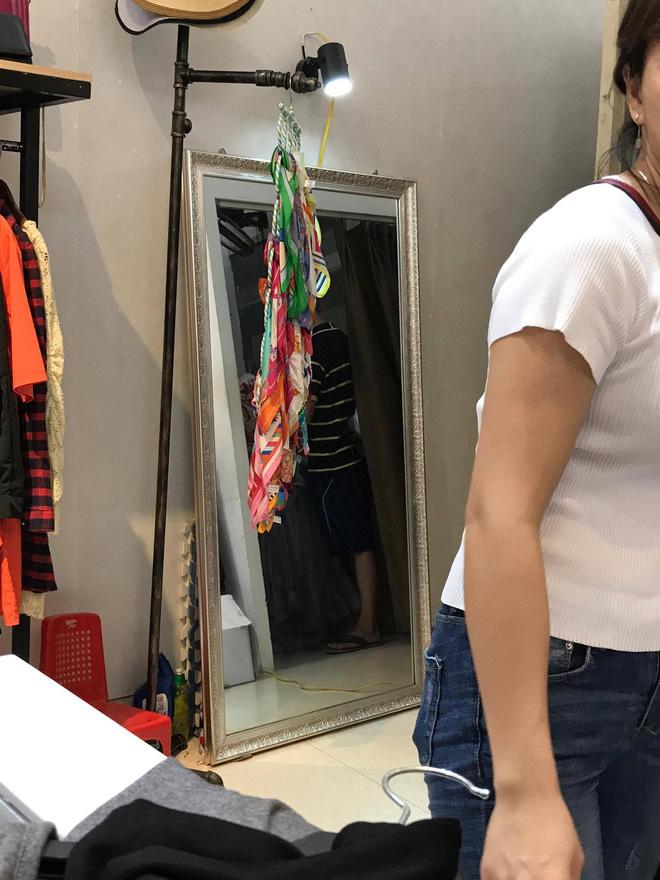 Đi mua váy với chồng: Gái Việt bị chê, còn gái Tây lại được hỏi: Em có thích không? - Ảnh 5.
