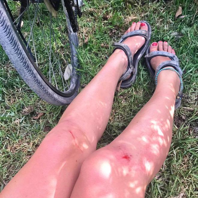 Nữ du khách nước ngoài đi xuyên Việt bị trộm mất xe đạp khi vừa đến Sài Gòn: Bật khóc vì quá sức chịu đựng - Ảnh 5.