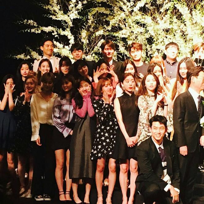 Đám cưới CEO của JYP Entertainment thu hút sự chú ý khi hội tụ dàn sao chưa bao giờ khủng hơn - Ảnh 6.