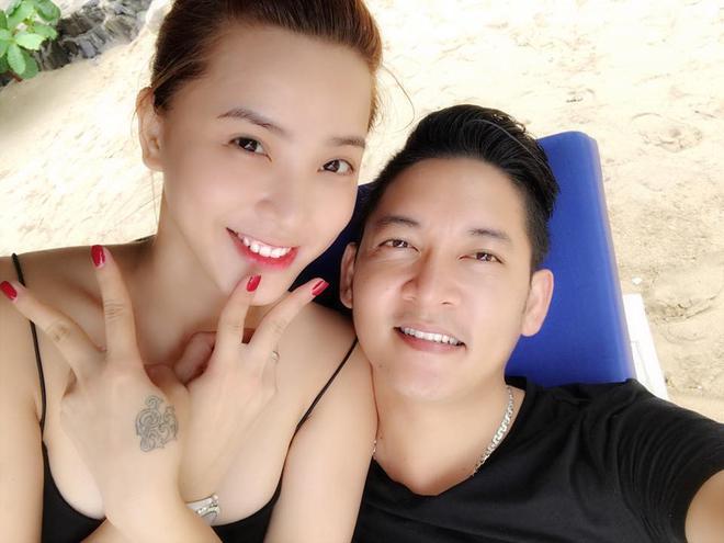 Lộ ảnh làm dấy lên nghi vấn Hải Băng bí mật tổ chức lễ đính hôn với Thành Đạt vào năm 2016 - Ảnh 3.