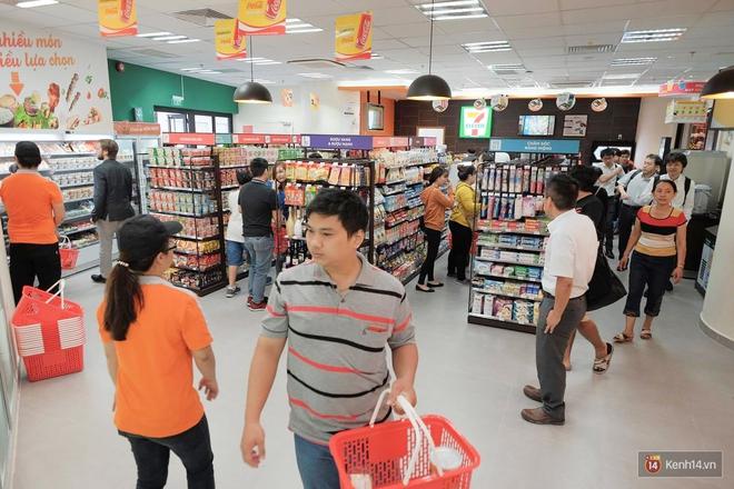 Cận cảnh cửa hàng 7-Eleven đầu tiên tại Việt Nam! - Ảnh 6.
