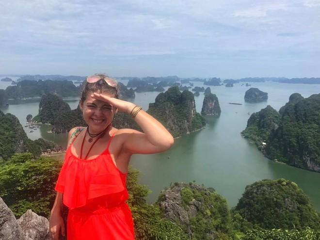 Nữ du khách nước ngoài đi xuyên Việt bị trộm mất xe đạp khi vừa đến Sài Gòn: Bật khóc vì quá sức chịu đựng - Ảnh 10.