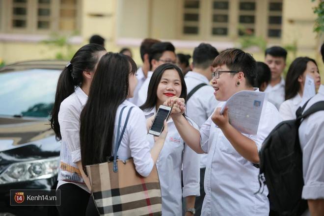Hơn 866.000 thí sinh làm thủ tục chính thức bước vào kỳ thi THPT 2017 - Ảnh 14.