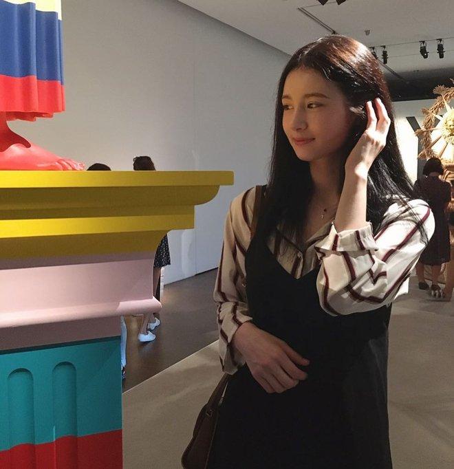 Cô bạn người Nga chiếm sóng MXH Hàn vì xinh đẹp giống hàng loạt idol - Ảnh 8.
