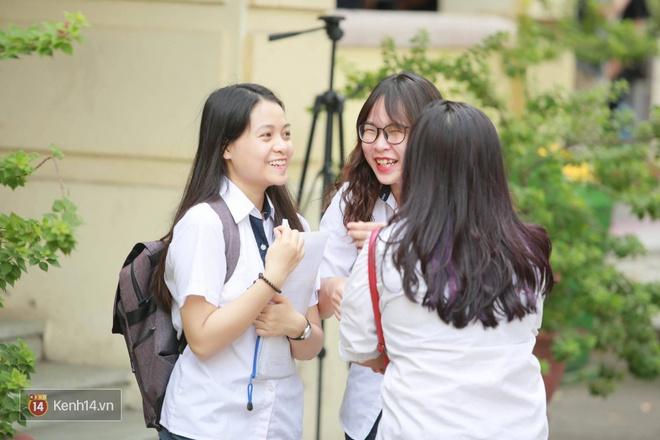 Hơn 866.000 thí sinh làm thủ tục chính thức bước vào kỳ thi THPT 2017 - Ảnh 19.