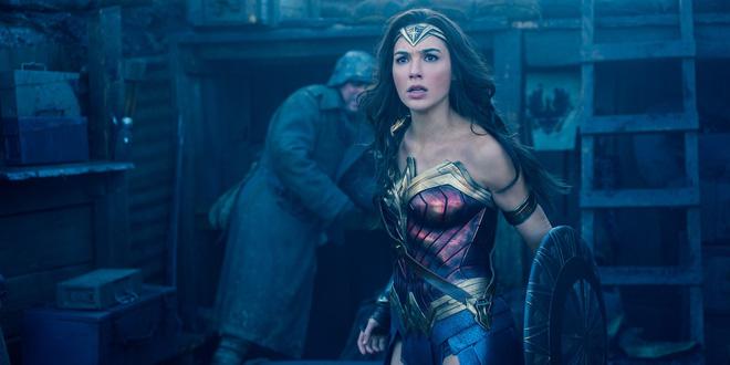 Wonder Woman - Một mình gánh cả Vũ trụ Điện ảnh DC trên đôi vai gầy - Ảnh 2.
