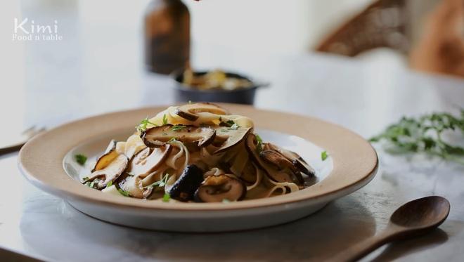 Công thức pasta nấm hương vừa thơm vừa béo, nếm 1 miếng là ngất ngây - Ảnh 11.