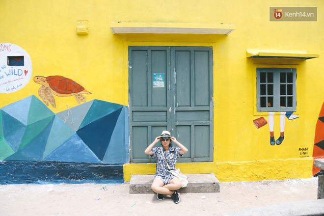 Lý Sơn đâu chỉ có biển đẹp, Lý Sơn giờ có cả một làng bích họa mới toanh cho bạn tha hồ chụp ảnh - Ảnh 2.