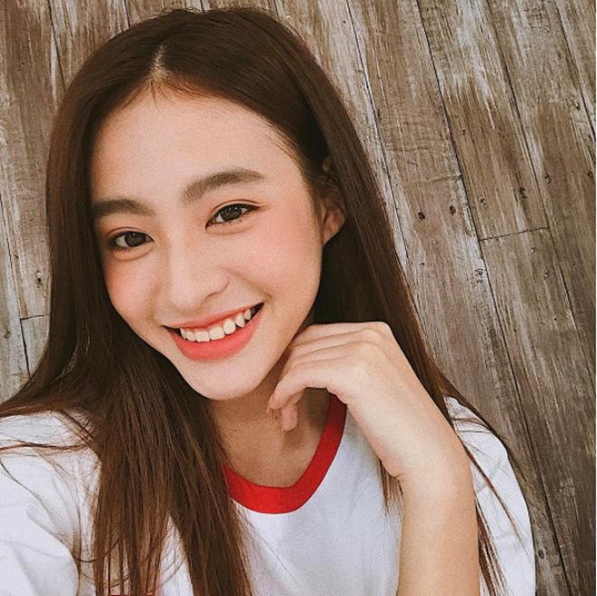 """Dương Minh Ngọc: Cô nàng cực xinh đang """"chiếm sóng"""" Instagram Việt Nam - Ảnh 2."""