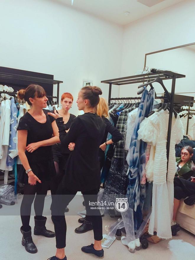 Độc quyền: Sau Louis Vuitton, Thùy Trang tiếp tục trình diễn cho private show của Chanel - Ảnh 6.