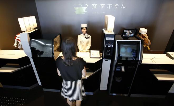 Một khách sạn ở Nhật Bản đang bị robot chiếm đóng, đây là những gì bạn sẽ thấy ở khách sạn này - ảnh 2