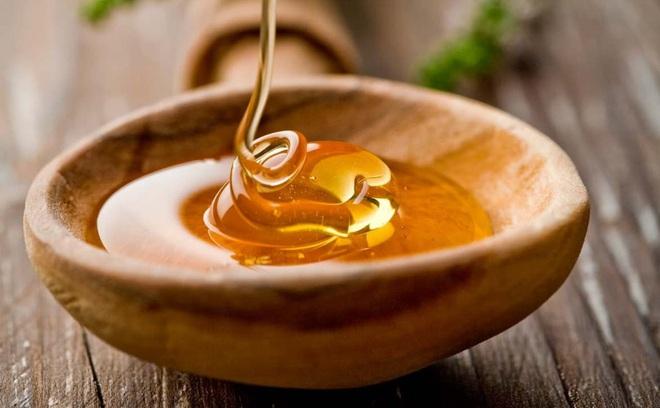 8 lợi ích tuyệt vời cho cơ thể nếu bạn chăm uống mật ong mỗi ngày - Ảnh 2.