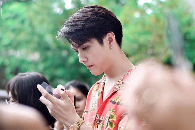 Dàn trai đẹp khiến các thiếu nữ phải xao xuyến trái tim của trường Đại học danh giá nhất Thái Lan - Ảnh 24.