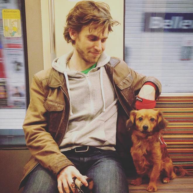 Chùm ảnh chứng minh hóa ra tàu điện ngầm mới thực sự là thiên đường trai đẹp - Ảnh 27.