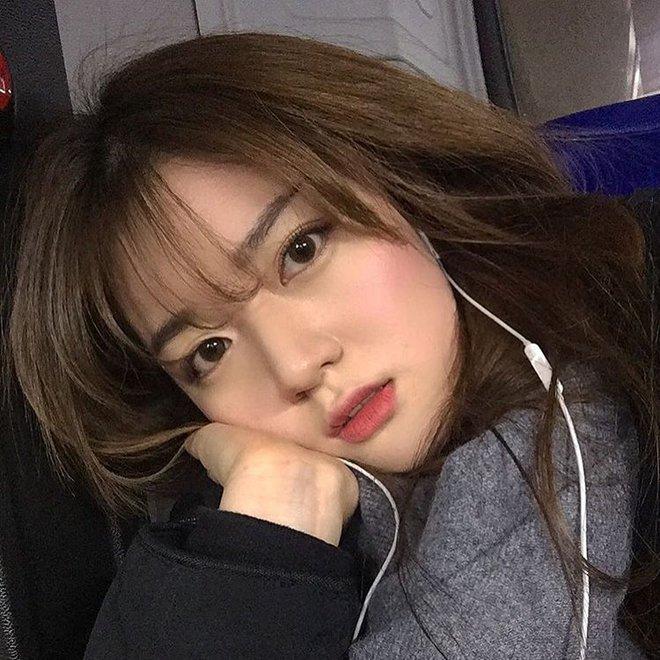 Cô bạn Hàn Quốc này mà sang Việt Nam, kiểu gì bạn cũng nhận nhầm là Tú Linh M.U đấy  - Ảnh 6.