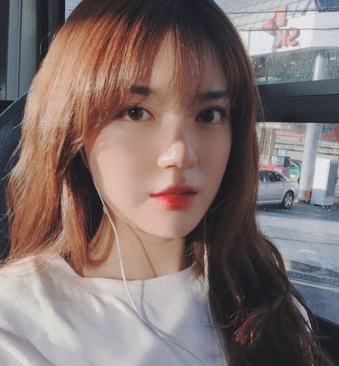 Cô bạn Hàn Quốc này mà sang Việt Nam, kiểu gì bạn cũng nhận nhầm là Tú Linh M.U đấy  - Ảnh 1.