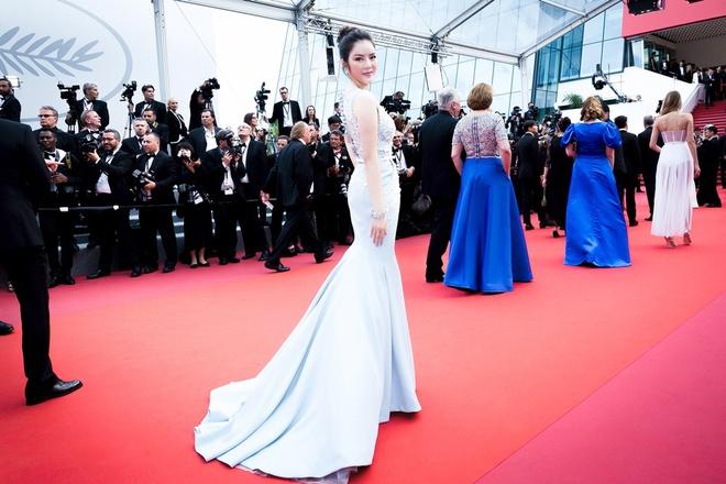 Lý Nhã Kỳ diện cây hàng hiệu hơn 4 tỷ lộng lẫy trên thảm đỏ LHP Cannes - Ảnh 11.