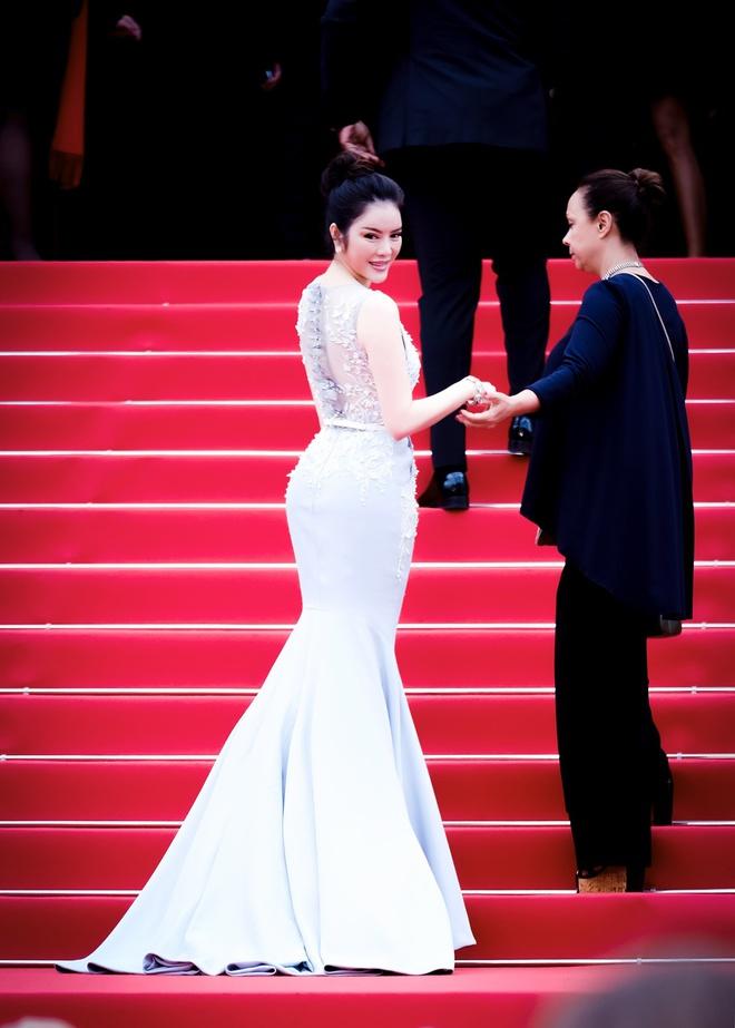 Lý Nhã Kỳ diện cây hàng hiệu hơn 4 tỷ lộng lẫy trên thảm đỏ LHP Cannes ngày 2 - ảnh 12