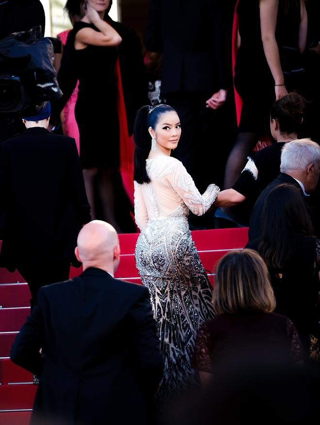 Lý Nhã Kỳ lột xác, hoá Nữ hoàng Cleopatra trên thảm đỏ LHP Cannes ngày 4 - Ảnh 12.