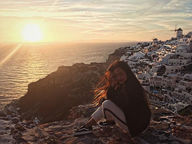 Santorini - Hòn đảo đẹp như thiên đường mà bạn nhất định phải dành tiền để đến một lần trong đời - Ảnh 10.