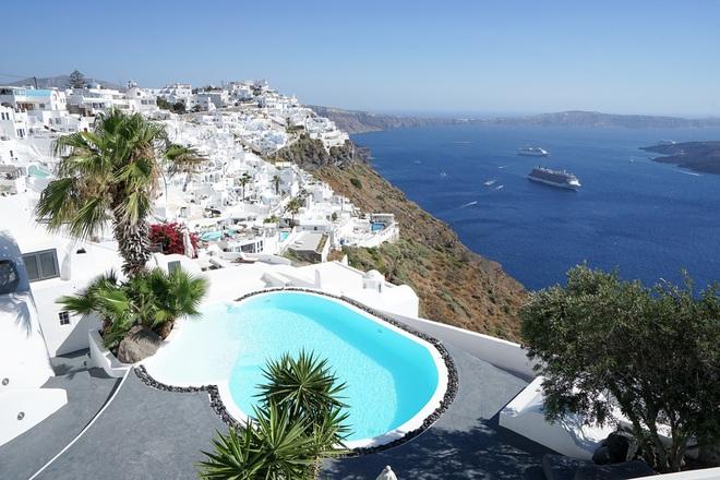 Santorini - Hòn đảo đẹp như thiên đường mà bạn nhất định phải dành tiền để đến một lần trong đời - Ảnh 11.