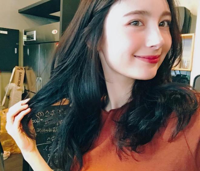 Cô bạn người Nga chiếm sóng MXH Hàn vì xinh đẹp giống hàng loạt idol - Ảnh 2.