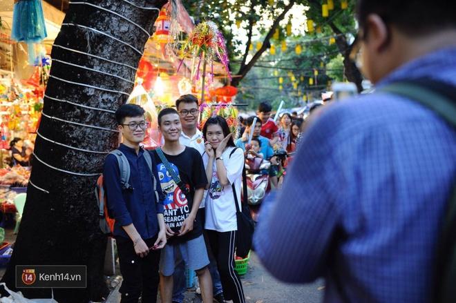 Trung thu vẫn như mọi khi, Hà Nội vui nhất Hàng Mã, Sài Gòn đông nhất phố người Hoa! - Ảnh 6.