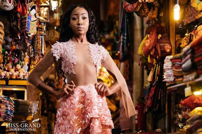 Lỗi thời trang của dàn thí sinh Miss Grand International: Người khoe hai lưng, người diện đầm như đồ cũ 10 năm trước - Ảnh 7.