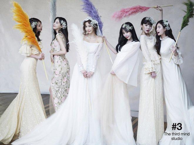 Hình cưới của cựu thành viên After School gây bão: Toàn phù dâu mỹ nhân chân dài, đẹp như poster MV - Ảnh 1.