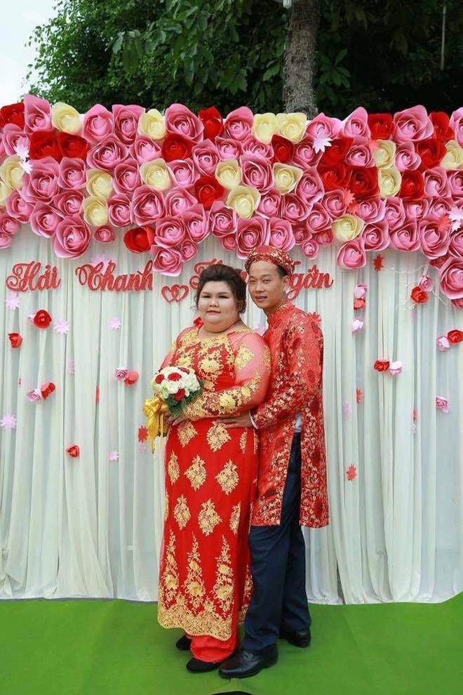 Vỗ béo người yêu từ 90kg lên 120kg rồi mới cưới, ông chồng của năm đây rồi! - ảnh 1