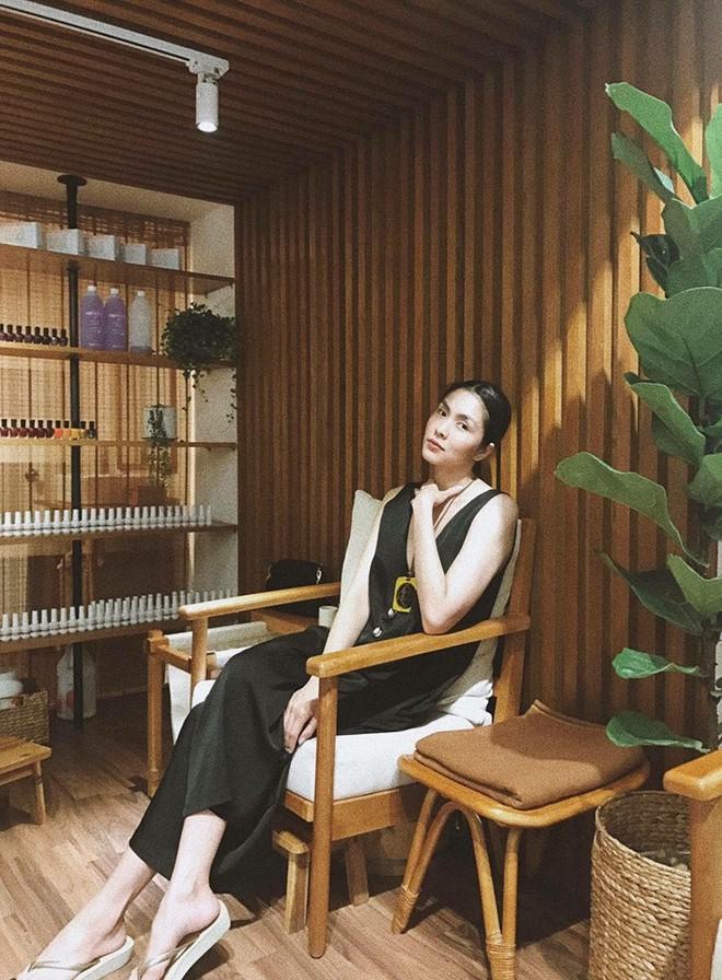 Thêm những hình ảnh hiếm hoi về cuộc sống an nhiên của Hà Tăng sau 5 năm rút khỏi showbiz - Ảnh 3.