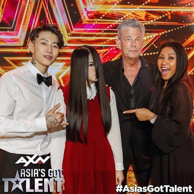 """Nhan sắc thật của """"ma nữ kinh dị"""" thắng Asia's Got Talent sẽ khiến ai xem cũng không khỏi bất ngờ!"""