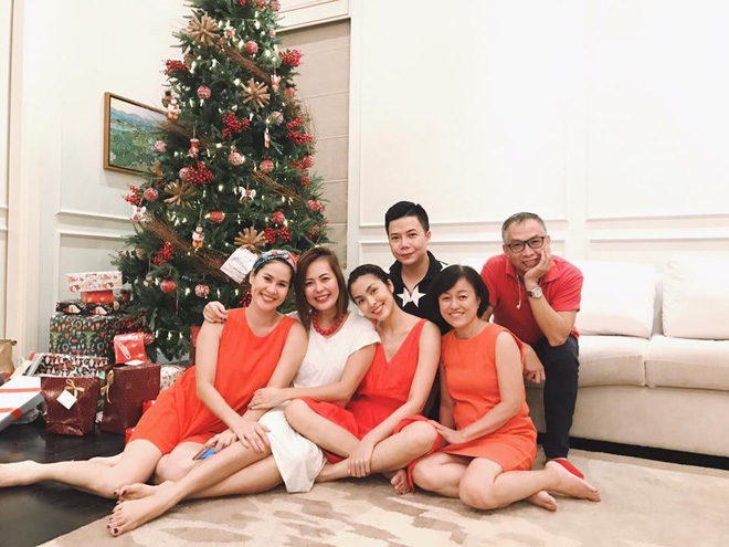 Tăng Thanh Hà và hội bạn tri kỷ tổ chức tiệc Giáng sinh sớm cho các con - Ảnh 4.